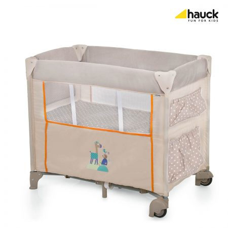 hauck dream n care animals travel crib 0-6 months basinett
