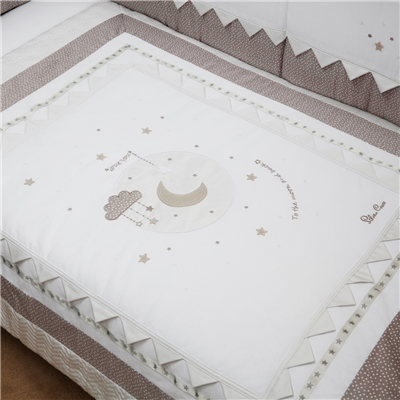 Silver Cross Luxury Cot / Cot Bed Quilt - To The Moon And Back