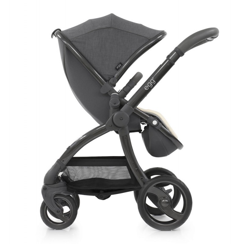Egg Quantum Grey Package Special Edition Pushchair & Carrycot – Includes Liner & Changing Bag